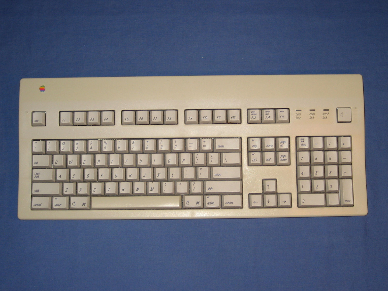 Apple extended keyboard ii m3501